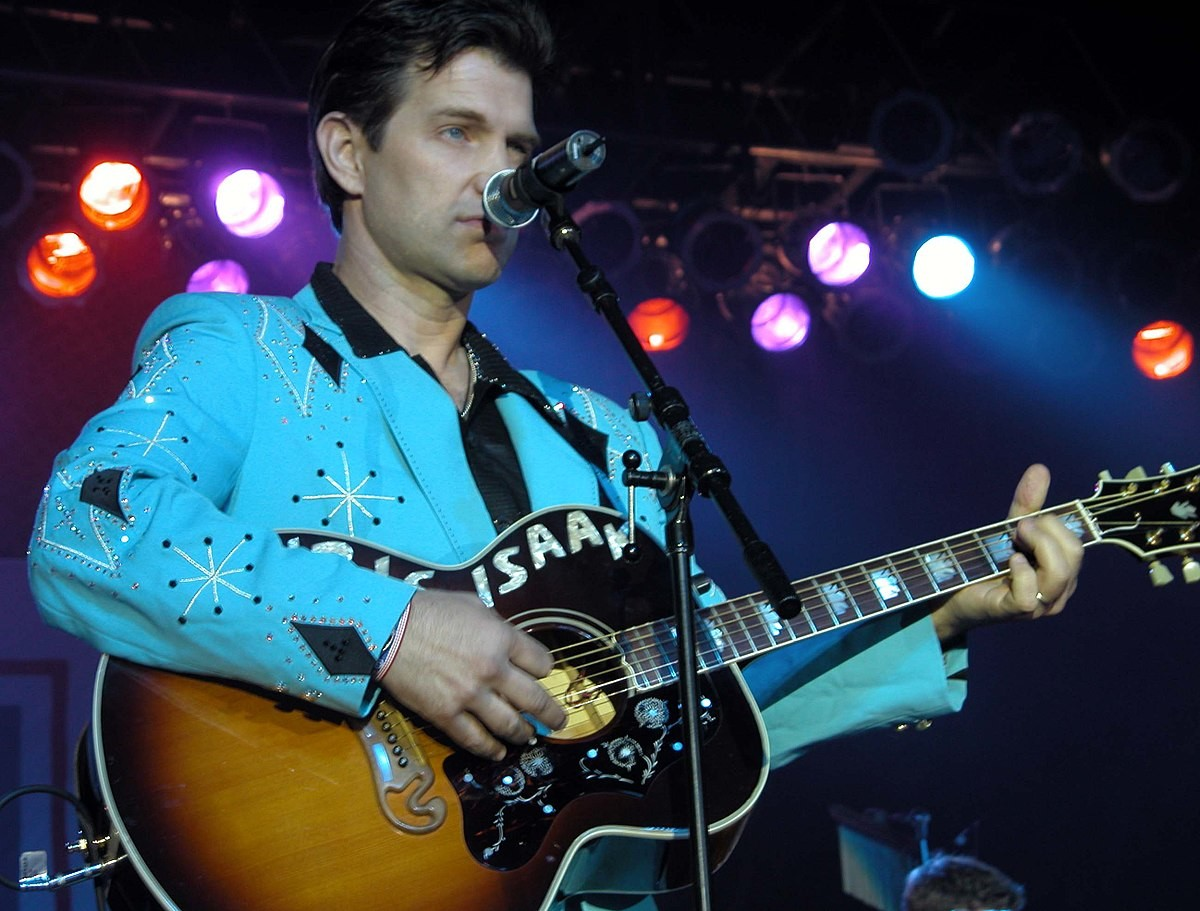 Музыкант Chris Isaak